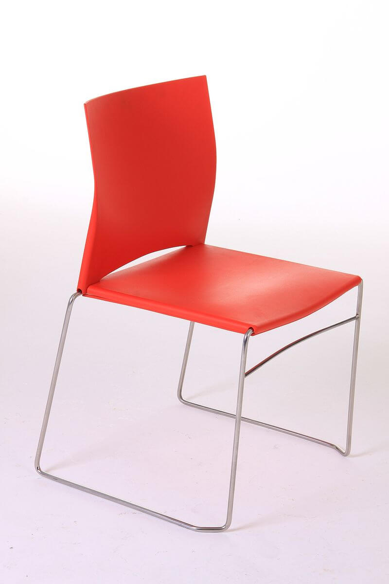 800px-Red_Polypropylene_Chair_with_Stainless_Steel_Structure