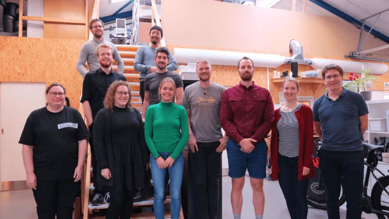 Founder og CEO i RadiSurf, Mikkel Kongsfelt og resten af teamet i RadiSurf