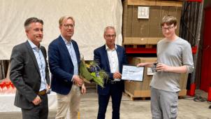Max Hagenstam modtager prisen som Årets Lærling 2021